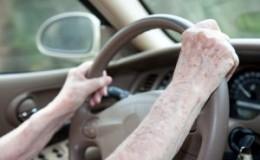 小改变可以让老年人驾驶更长时间